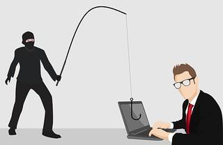 फ़र्ज़ी आधार कार्ड द्वारा की गई इंटरनेट बैंकिंग्स से लूट